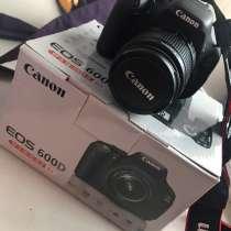 Фотоаппарат Canon EOS 600D + чехол, в Москве