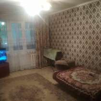 Продаётся 2-х комнатная квартира, 6 мкр, в г.Бишкек