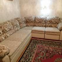Продаётся угловой диван и кресло, в Пятигорске