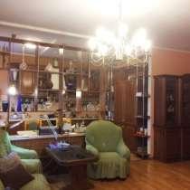 4-х комнатная квартира в генеральском доме, в Санкт-Петербурге