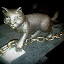 """Скульптура """"Кот на цепи"""", в Краснодаре"""