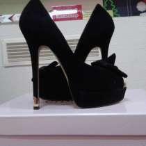 Продам туфли новые не подошел размер. Натур. замша р.36-38, в г.Донецк