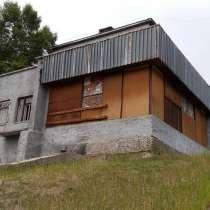 Продам торговое помещение, 430 м², в Усть-Илимске