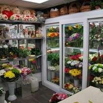 Требуется продавец-флорист, в Кировске