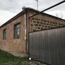 Продам Особняк в Арарате, в г.Петрич
