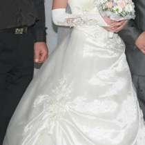 свадебное платье от40 до 44, в Уфе