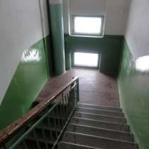 Продам 3-х комнатную квартиру 76, 5 кв. м. на 5 этаже. ленин, в Магадане