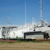 Самоходное нефтеналивное судно «Югра-8», в Приобье