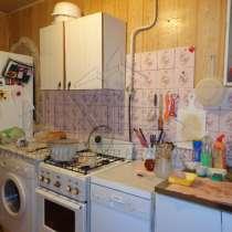 Продам 2-комнатную квартиру на С. Перовской 113, в Екатеринбурге
