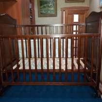 Деревянная кроватка, в г.Баку