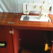 Ножная многофункциональная швейная машина новая, в г.Баку
