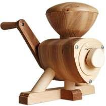 Продаётся ручная деревянная мельница и зернодавилка, в Москве