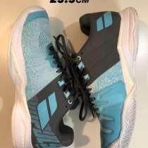 Продаю женские спортивные кроссовки, в Санкт-Петербурге