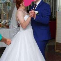 Свадебное платье и мужской костюм, в Гурьевске