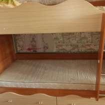 Двухъярусная кровать, в Омске
