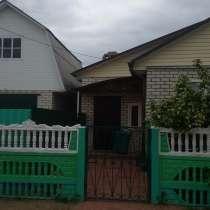Продаю дом, пол дома бревно обложен кирпичем,пол дома-КИРПИЧ, в Жуковке