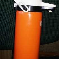 Термос оранжевый с краником, 1литр, б. у, в г.Брест