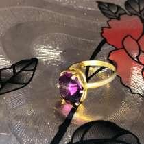 Позолоченное кольцо с камнем, в Смоленске