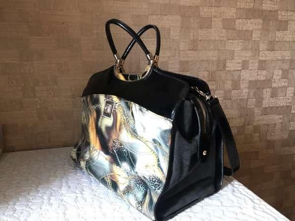 Фирменная сумка сделана в Италии в Москве фото 3