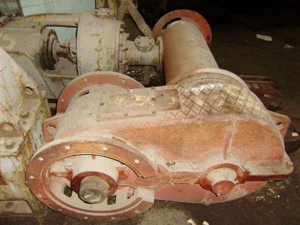 Лебедка скипового подъемника с редуктором