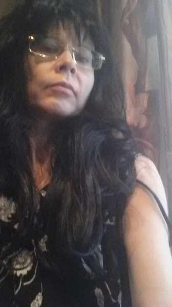 Парик женский черный длинный волнистый