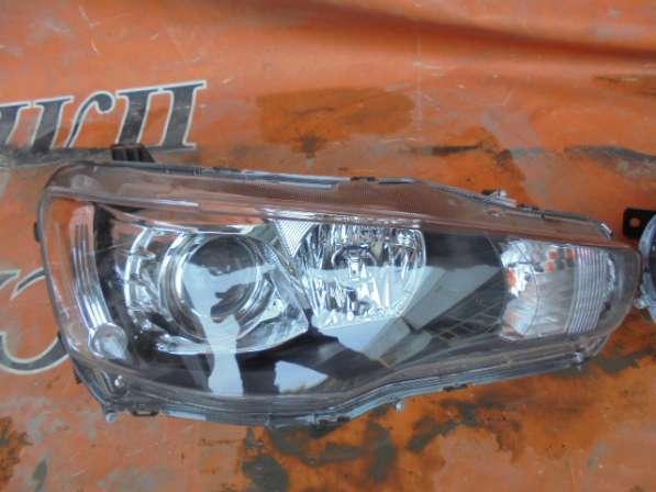 Фара правая ксенон на Mitsubishi Lancer X новая
