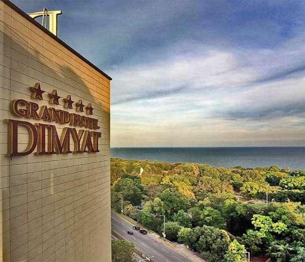 Шикарный современный отель в Болгарии