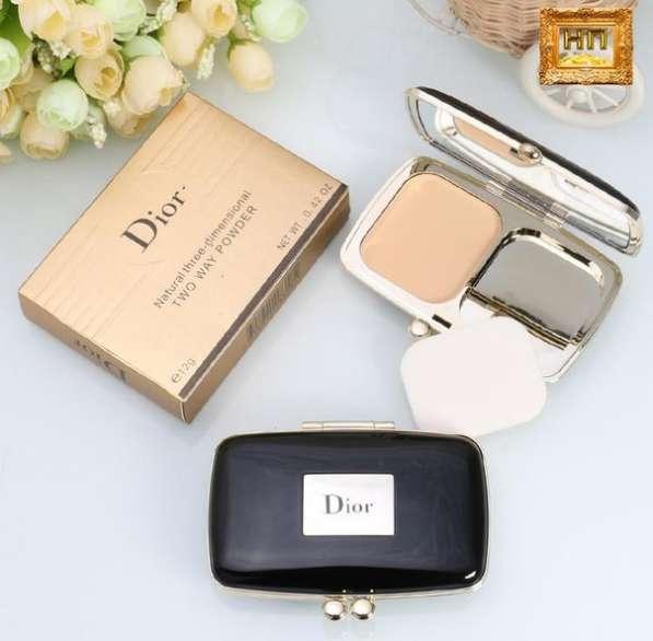Компактная пудра Dior natural three - dimensional 360 руб :)