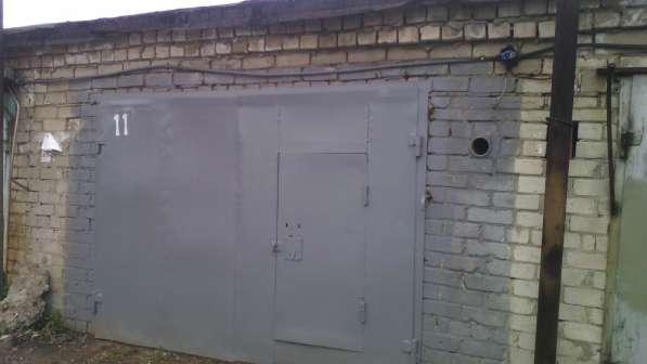 Кирпичный гараж с ямой и погребом