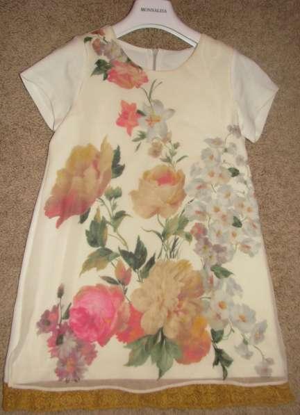 Платье от Monnalisa цветы
