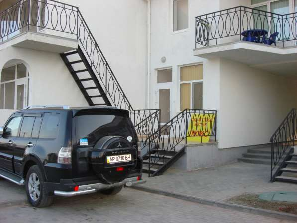 Номер-люкс-апартамент в коттедже в 100м. от моря в Коктебеле в Феодосии фото 3