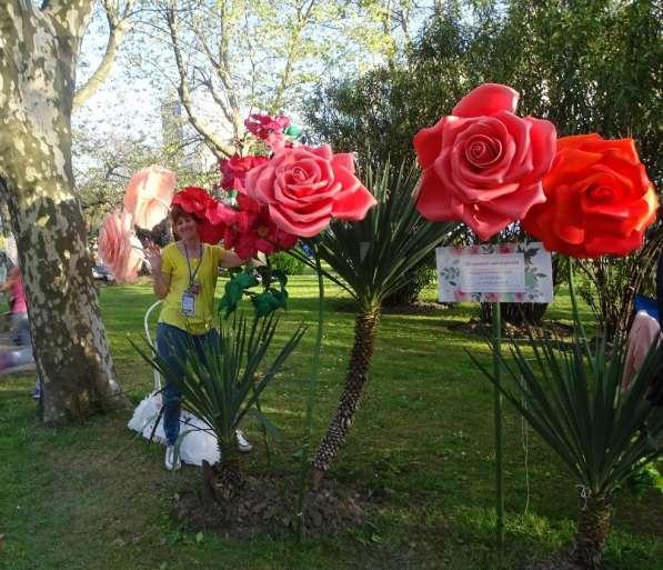 Праздничный декор в аренду, на заказ. Ростовые большие цветы в Сочи фото 11