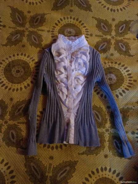 Школьная блузка-кофта р.134-140 в Лыткарино