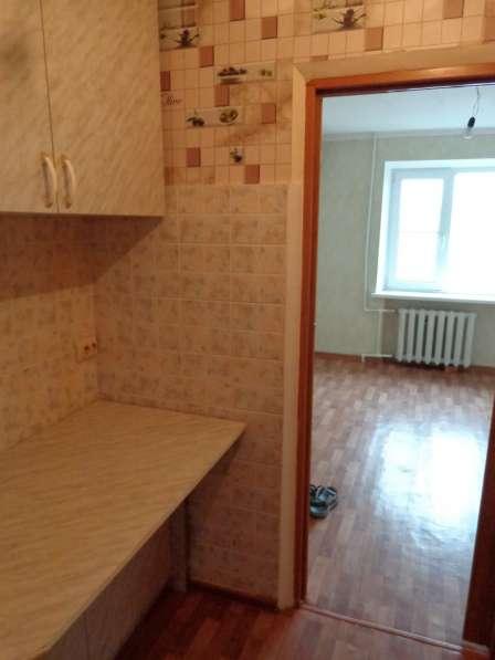 Продам 1 комнатную квартиру гостиничного типа в Таганроге в Таганроге
