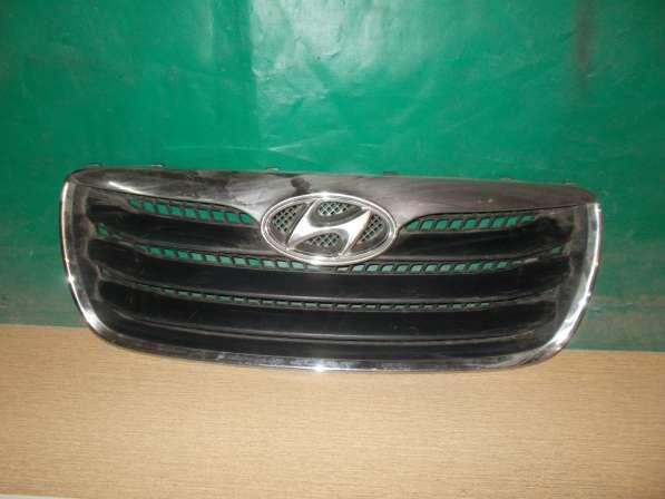 Hyundai Santa Fe 2 Решетка радиатора б/у Оригинал