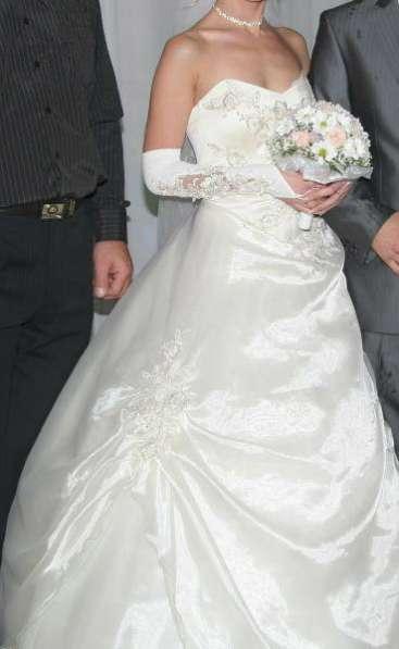 свадебное платье от40 до 44
