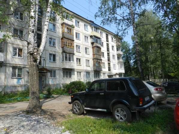 Продам 2-х комнатную квартиру в металлурге