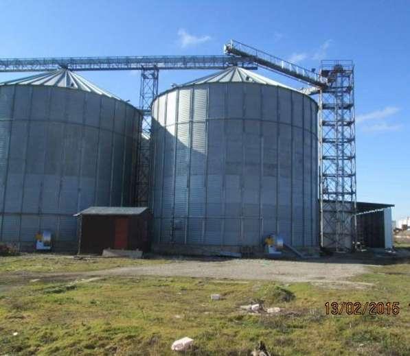 Зерновой терминал рядом с портом в Краснодаре фото 3