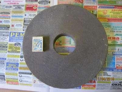 Точильный камень 300 х 35,посадка 76