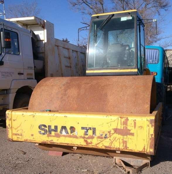 Каток вибрационный 20 тонн, 12 г/в