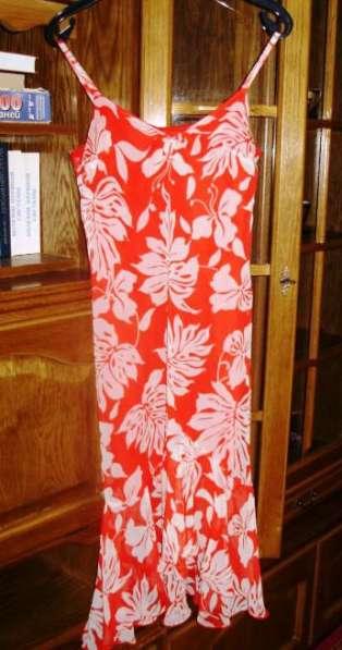 Продам новые платья сарафаны и б. у в отличном с.цены низкие
