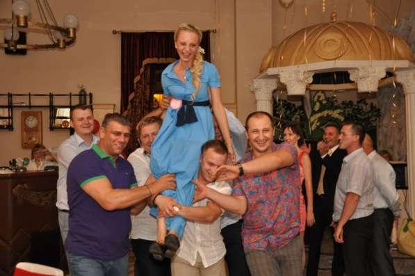 Ведущий юбилея Виктор Баринов в Королёве фото 4