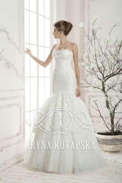 Дизайнерское свадебное платье-русалка Ирины Котапской