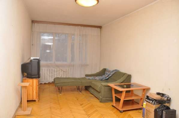 Сдаю 2-комнатную квартиру с раздельными комнатами на МЭЗе