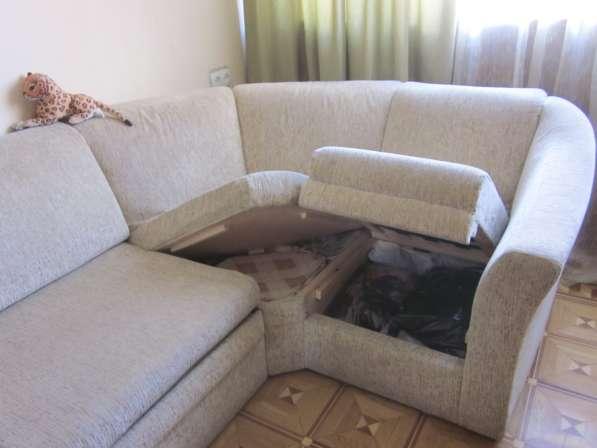 Угловой диван раскладной в
