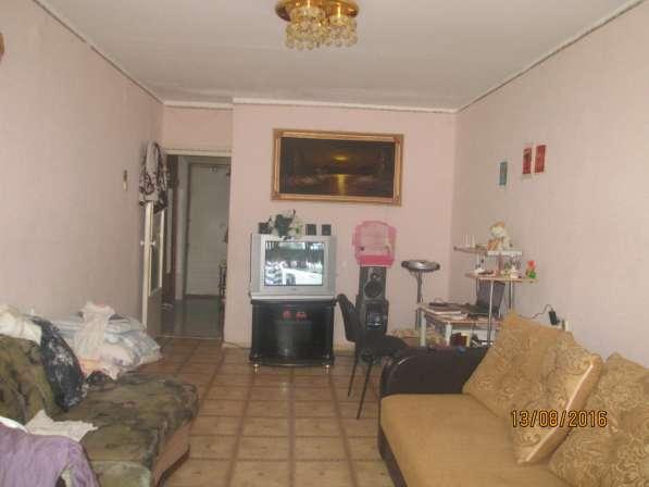 Продам двухкомнатную квартиру в 12-64