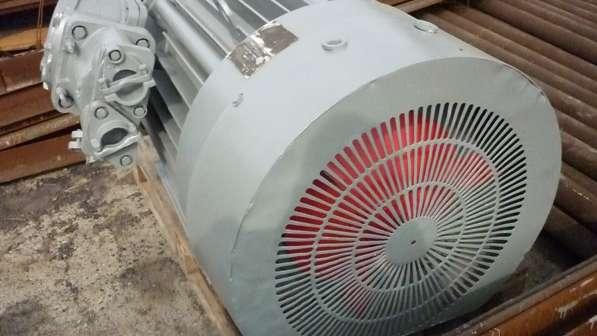 Продам электродвигатель:ВАО2-315М4. в Екатеринбурге