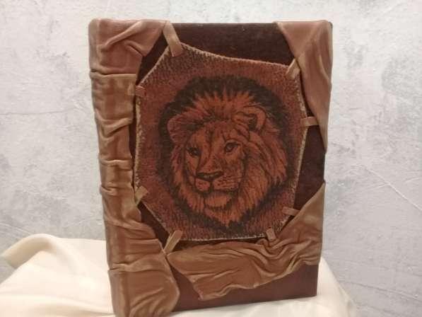 Кожаный ежедневник. Лев. Натуральная кожа. handmade