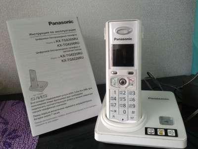 телефон Panasonik KX-TG8205RU