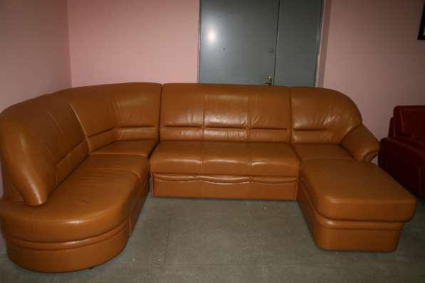 Угловой диван из натур. кожи